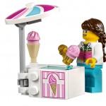 LEGO Creator 10247 Ferris Wheel 19