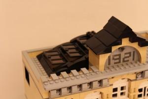 LEGO Ideas Modular Library 02b