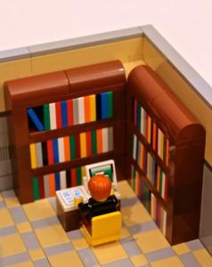 LEGO Ideas Modular Library 03