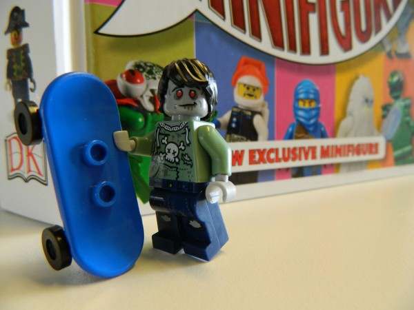 LEGO I Love That Minifigure Zombie Skateboarder 01