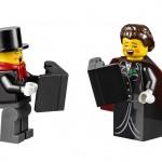 LEGO Creator Winter Village Winter Toy Shop (10249) 16