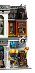 LEGO Creator Expert Modular 10251 Brick Bank 06