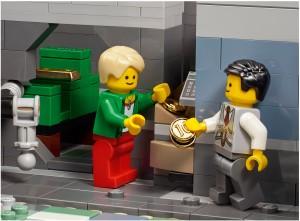 LEGO Creator Expert Modular 10251 Brick Bank 12