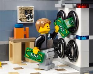 LEGO Creator Expert Modular 10251 Brick Bank 13