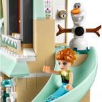 LEGO Disney Princess Frozen 41068 - Arendelle Castle Celebration 5