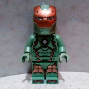 76048 Iron Man Mark 37