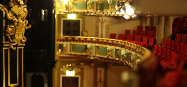 Her Majesty's Theatre, London - Stage light rigging