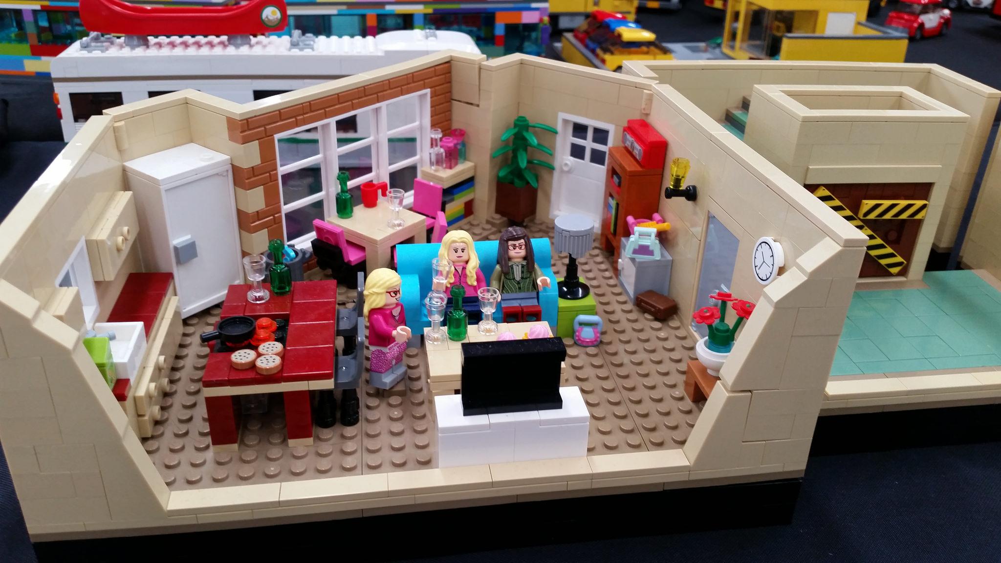 The Big Bang Theory Les 2 Appartements Hellobricks