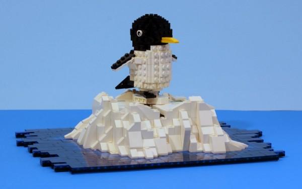 LEGO pingouin patineur