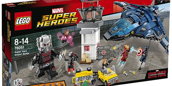 76051 Super Hero Airport Battle box