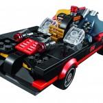 LEGO DC Comics Super Heroes Batman Classic TV Series Batcave 76052 - 07