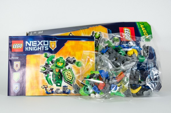 Review LEGO Nexo Knights 70332 Ultimate Aaron 03