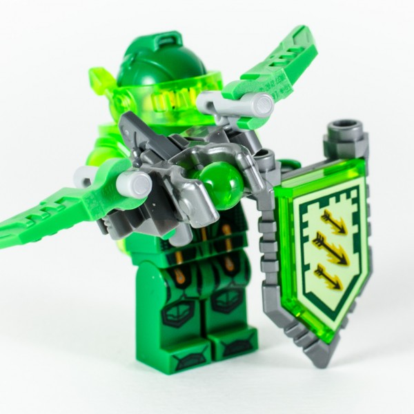 Review LEGO Nexo Knights 70332 Ultimate Aaron 09