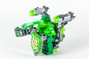 Review LEGO Nexo Knights 70332 Ultimate Aaron 16