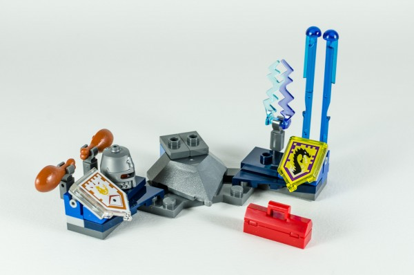 Review LEGO Nexo Knights 70333 Ultimate Robin 19