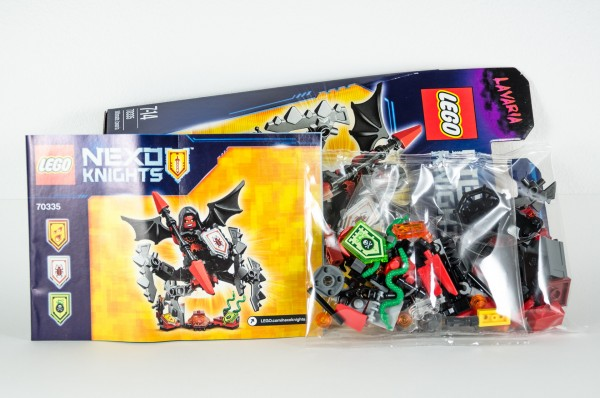 Review LEGO Nexo Knights 70335 Ultimate Lavaria 03