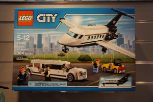 LEGO City 60102 Airport VIP Service 1