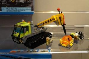 LEGO City 60122 Volcano Crawler 2