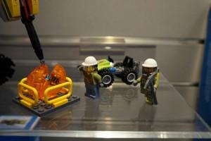 LEGO City 60122 Volcano Crawler 3