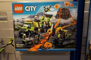 LEGO City 2016 60124 Volcano Exploration Base 1