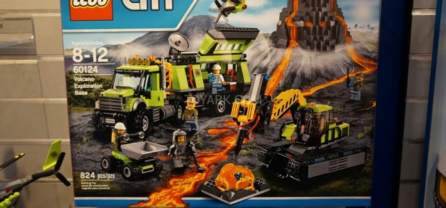 LEGO City 60124 Volcano Exploration Base 1