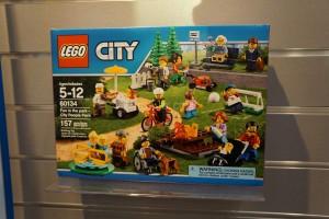 LEGO City 2016 60134 Fun in the Park 1