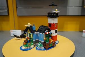 LEGO Creator 31051 Lighthouse Point 2
