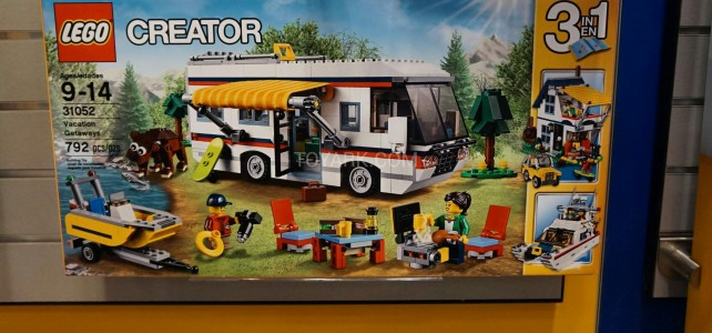 LEGO Creator 31052 Vacation Getaways 1