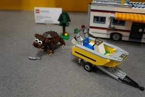 LEGO Creator 31052 Vacation Getaways 4