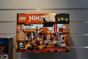 LEGO Ninjago 70591 Kryptarium Prison Breakout 1