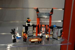 LEGO Ninjago 70591 Kryptarium Prison Breakout 2