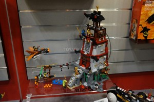 LEGO Ninjago 70594 The Lighthouse Siege 2