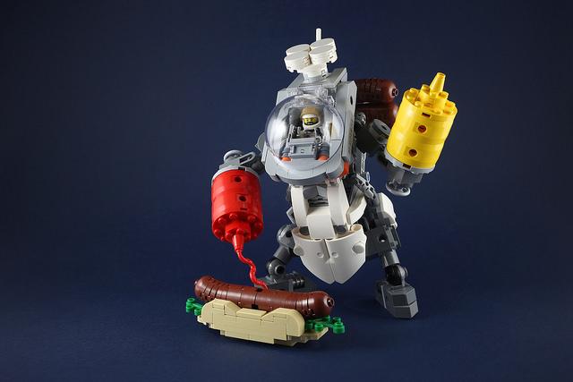 Hot Dog Ketchup Robot