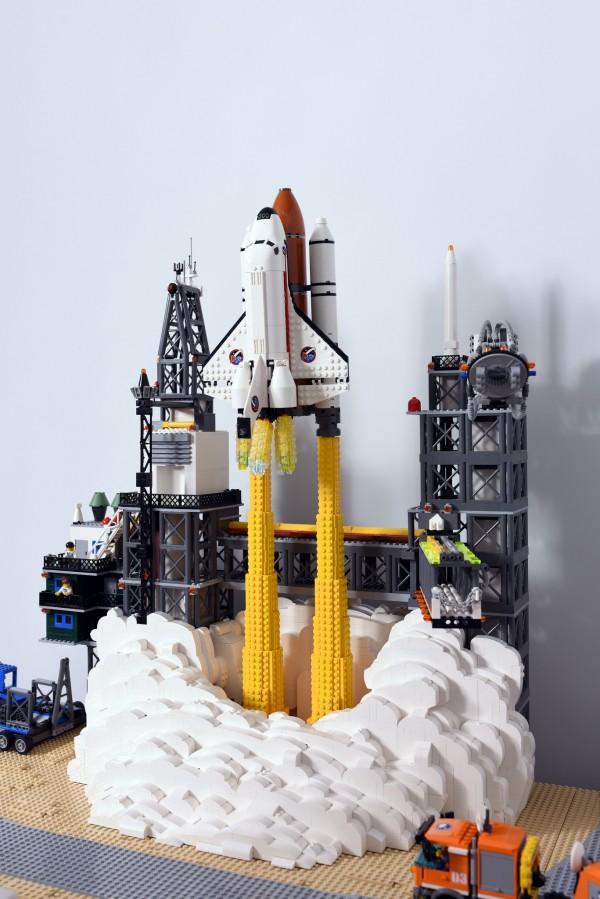 LEGO City fusée décollage