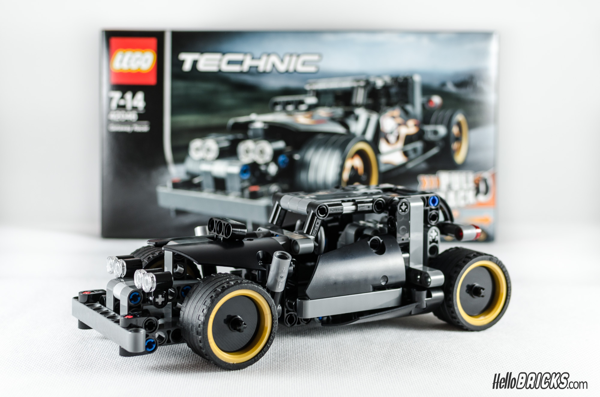 review lego technic 42046 getaway racer hellobricks. Black Bedroom Furniture Sets. Home Design Ideas