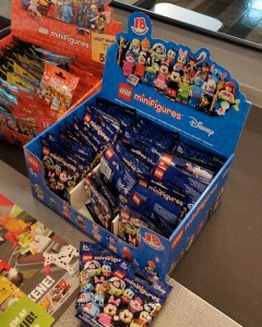 LEGO Disney Collectible Minifigures LEGOLAND 2