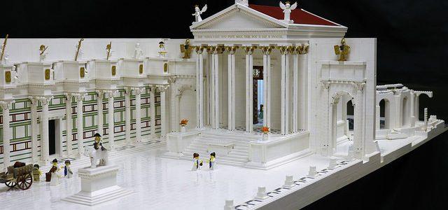 Impressionnant temple romain de Minerve en LEGO