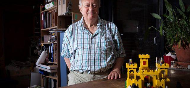 Daniel August Krentz - LEGO 375 Classic Yellow Castle