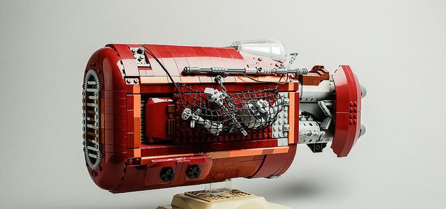 LEGO Star Wars UCS Rey's speeder