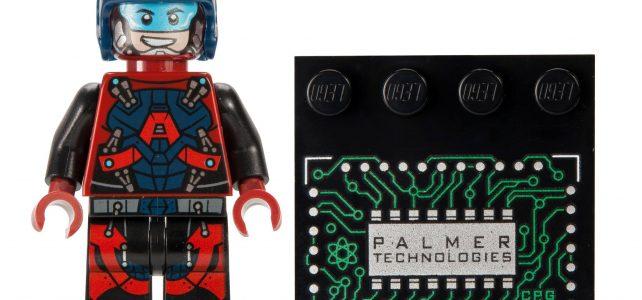 SDCC 2016 LEGO The Atom Ray Palmer