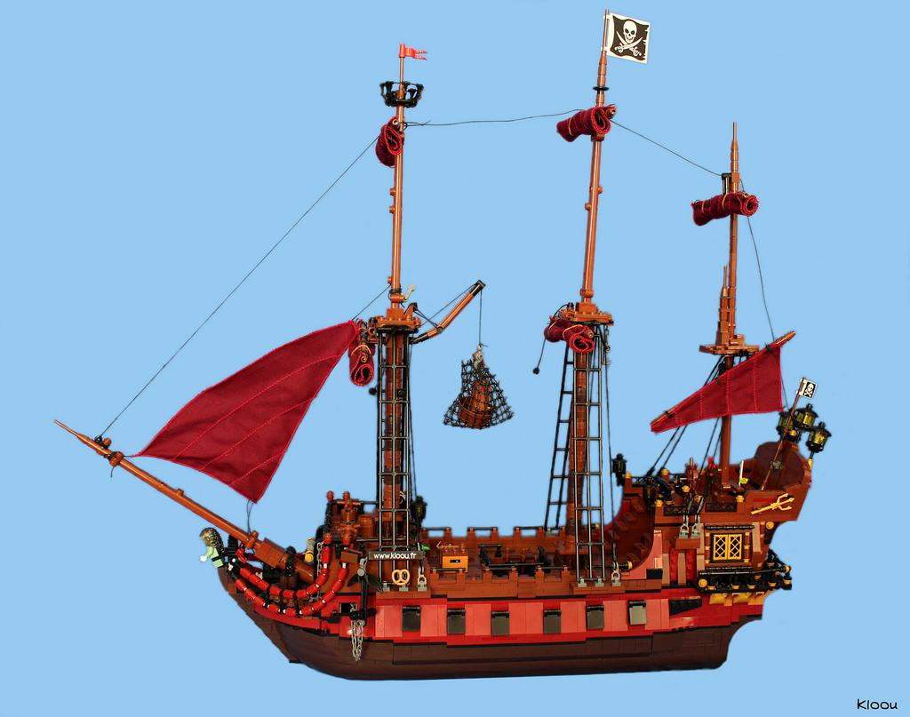bateau pirate 39 la saignante 39 hellobricks blog lego. Black Bedroom Furniture Sets. Home Design Ideas