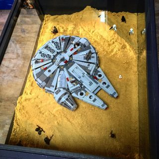 LEGO Millennium Falcon 75105 display