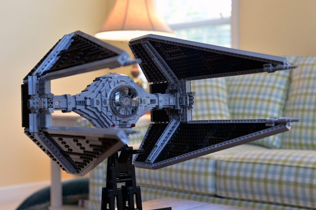 LEGO Star Wars UCS TIE Interceptor