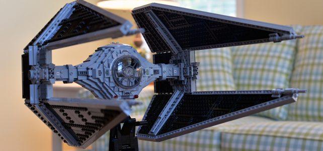 LEGO Star Wars UCS TIE Interceptor