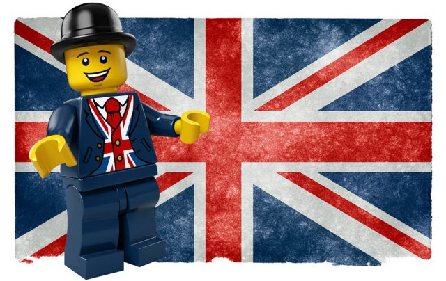 LEGO Store Londres Lester the tea-drinking LEGO Minifigure