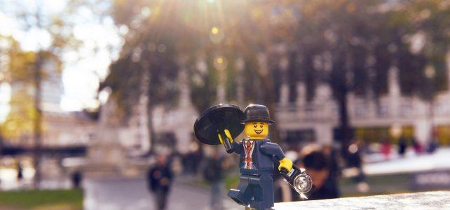 Lester mascotte LEGO Store Londres