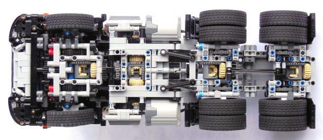 LEGO Technic Camion 6x6 avec remorque benne