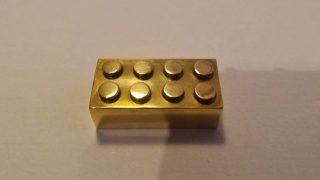 brique LEGO en or 14 carats