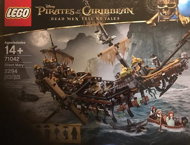 Pirates des Caraibes LEGO 71042 Silent Mary et requin zombie