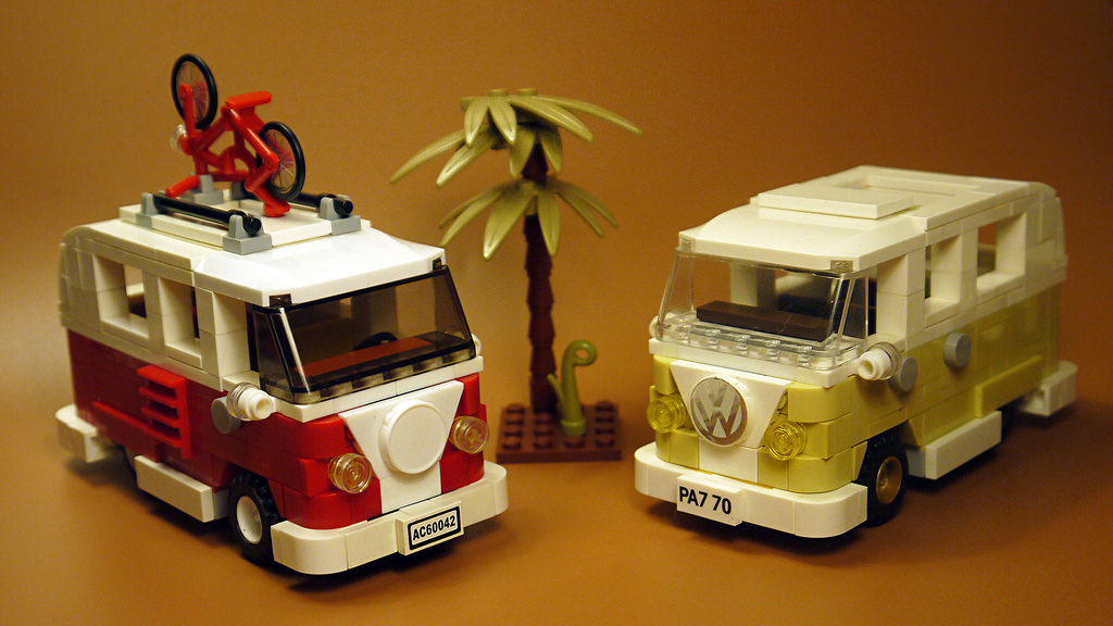 volkswagen t1 camper van chelle lego city hellobricks blog lego. Black Bedroom Furniture Sets. Home Design Ideas